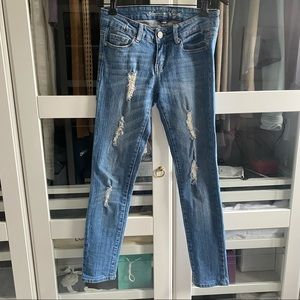 American Eagle boy Fit Jeans with stretch. 25-26
